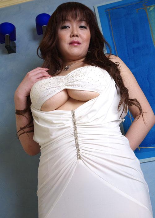 Miki Sawaguchi - BUSTY ASIANS - Oriental Big Boobs Models